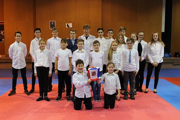 klubove-zavody-oddilu-skp-karate-pisekpi17-50_denik-630
